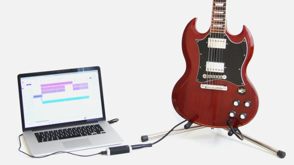 How Can Online Music Applications With Social Sharing Capabilities Help Growing Musicians?