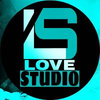 "Love ""Dirty Horns"" Studio"